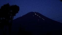 登山の灯り