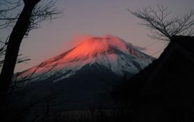 元日の紅富士.jpg
